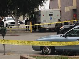 Guard, Robber Exchange Gunfire At Armored Truck Near Inglewood Bank ... Suspect Dead After Armored Truck Robbery In Phoenix Youtube Fbi Offering 200 For Information Leading To Suspects In Brinks Update Source Says Two Men Made Off With At Least 500k Hammond Brandon Simmons On Twitter Brinks Driver Robbed Gun Point Atmpted Former Charged Abc7chicagocom Reward Offered Violent Armored Car Heist Caught Camera Five Arrested Fatal Truck Robbery Nbc 6 South Florida Armoured Money Transport Vehicle Usa Stock Outside Southeast Austin Bank Three Arrested For Central Probably Queens Road Centra Can
