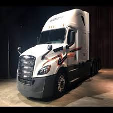2018 Volvo Truck – Youtube Regarding 2019 Volvo Rig : Automotive ... Big Rig Truck Wallpaper Hd Download Wallpapers Pipeliners Are Customizing Their Welding Rigs The Drive Selfdriving Automated Trucks Could Hit Road Sooner Than Self Insurance Commercial Agency 10th Annual Eau Claire Tractor Show Parade Lil Mechanic Gives Pickup An Eightnwheeler Driving School Threestartrucking Wowtrucks Canada S Ultimate Tow Diesel Brothers Discovery Modern Blue Semi Stock Photo Edit Now 791765662 What Is Platooning Of And It Safe Video En Route Gulf Coast