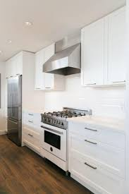 Full Size Of Cabinets Off White Shaker Kitchen Best Granite Refrigerator Modern Countertops Dark Floors Kitchens