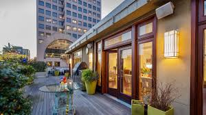 100 Seattle Penthouses Patti Paynes Cool Pads Huckster Ron Elgin Selling