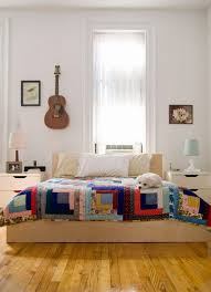 I Think Were Definitely Seeing More Simple And Classic Quilt Designs In Modern Home Dcor Have To Say Am Loving It Whether You A Vintage