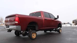 100 Black And Red Truck Rims Tiny Wheels On A Big Pickup Are As Hilarious As Youd Expect