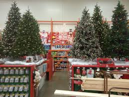 Real Christmas Trees Kmart by Apparently Christmas Started In October And Nobody Got The Memo