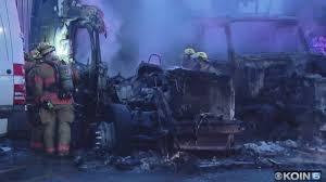 100 Vh Trucks Fire Destroys 3 Semitrucks In SE Portland