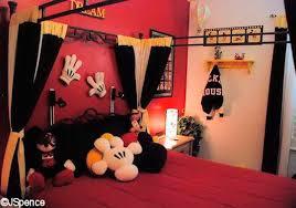Vintage Mickey Bathroom Decor by 30 Ideias De Quarto Infantil Do Mickey Mouse Dicas Disney