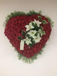 coeur de en pot coeur roses artificielles fleurs en pot éraire drôme pierrelatte