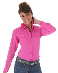 wrangler women u0027s long sleeve solid snap shirt pink