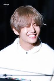 100 Ta E Tae Tae On Twitter That Precious Smile