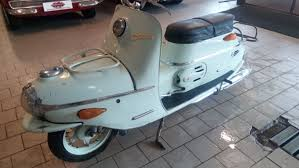 The Salsbury Scooter Brand Brought First Generation Of Scooters To America This 1938 Motor Glide De Luxe Was Featured With An Automatic Instead A