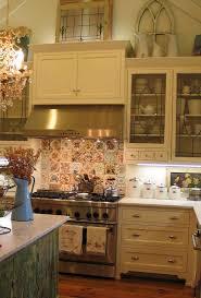 Kitchen Soffit Design Ideas by Best 25 Decorating Above Kitchen Cabinets Ideas On Pinterest