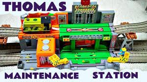 Thomas The Train Tidmouth Shed Trackmaster by Takara Tomy Thomas U0026 Friends Plarail Maintenance Station Kids Toy