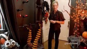 Grandin Road Halloween Wreath by How To Decorate An Entryway For Halloween Grandin Road Youtube