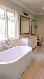 Advanced Bathtub Refinishing Austin by Best 25 Remodeling Contractors Ideas On Pinterest Glitter Walls