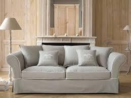 canapé tissu comment entretenir canapé le déco de maisons du monde