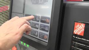 Self Checkout in French at Home Depot
