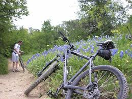 Knob Hills Grapevine Lake Mountain Bike Trail in Flower Mound