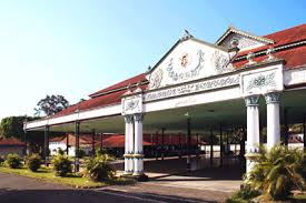 Keraton Yogyakarta Tempat Bersejarah Yang Layak Dikunjungi