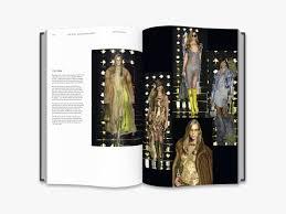 100 Mim Design Couture Dior Catwalk