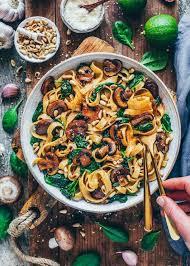 einfache pilz pasta mit spinat vegan