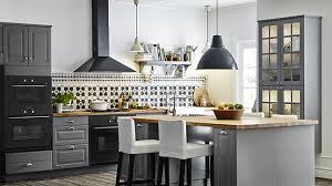 eclairage de cuisine lumière sur l éclairage de la cuisine rénovation bricolage