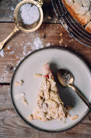 rhabarber streusel kuchen mit quark