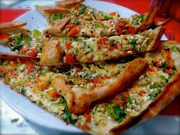 cuisine turc facile manger turc la cuisine turque pide viande et fromage pizza turque