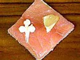 canapés saumon fumé canapés au saumon fumé notre recette avec photos meilleurduchef com
