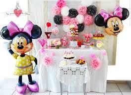 anniversaire thème minnie bar sweet table buffet sucré