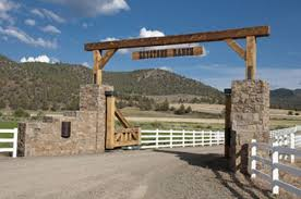 Rustic Ranch Gate Idea Rly Love This Maybe Down In Our Field