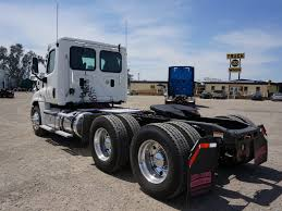 2016 FREIGHTLINER CASCADIA TANDEM AXLE DAYCAB FOR SALE #9400