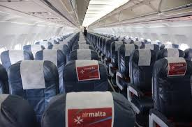 siege avion vol km 625 milan malta cabine de l avion air malta sièges en