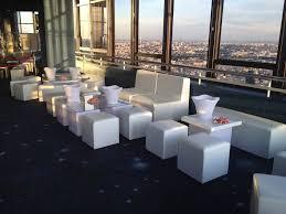 location de canapé louer des poufs blancs à pour soirée privée location