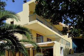 restaurant port du niel hotels near restaurant grand baie hyeres best hotel rates near