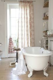 French Shabby Chic Bathroom Ideas by Best 25 Cottage Pink Bathrooms Ideas That You Will Like On
