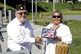 100 Mary Ann Thompson Tribal Member Receives Veterans Award From State The Cherokee One