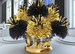 DIY Black And Gold Wedding Table Centerpiece