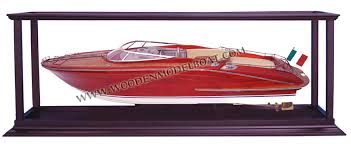 model boat super riva aquarama