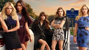 Pll Halloween Special Season 3 by The