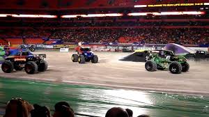 Monster Jam Miami 2010 Em Pezando - YouTube Miami 2015 Time Lapse Youtube Monster Jam Trucks Bbt Center In Florida 080520173 Jam 2014 Family Fun At Sun Life Stadium Frugality Is Free Famifriendly Things To Do Rev Up With Monster Trucks Wind Steam Card Exchange Showcase Buy Tickets Now Results Flip For Ring Power Machines 100 Truck Triple Threat Sunrise Fl Photos Anaheim 1 Tour January 14 2018