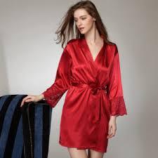 robe de chambre le quelles sont les robes de chambre les plus douces robe de