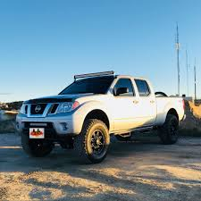 "Nissan Frontier 4x4 Off-Road With Fabtech 6"" #fabtech 
