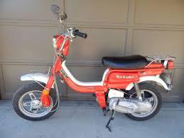 Suzuki Scooter Red Honda 50cc Vintage