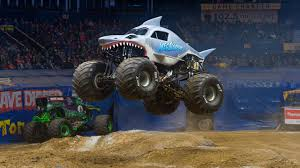 100 Truck Jump Monster Jam Drivers To Jump Flip Fly Through Petco Park