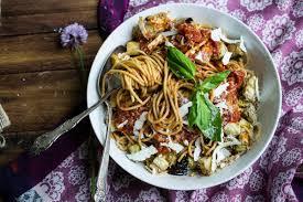 Halloween 2007 Castellano by 10 Twists On Jamie U0027s Classic Tomato Spaghetti Jamie Oliver