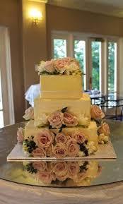 Fresh Roses And Rustic Buttercream Wedding Cake Shabby Chic