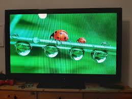 sehr großer panasonic hd fernseher tv gerät