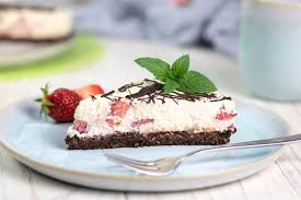 no bake cake erdbeer mascarpone torte ohne kohlenhydrate