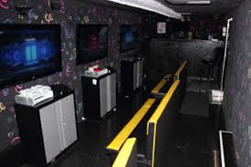 Mobile Gaming Theater Rentals – Cleveland And Akron Game Trucks ...