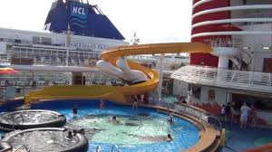 Disney Wonder Deck Plan by Disney Cruise Line Disney Wonder Cruise Ship Tour Deck 10
