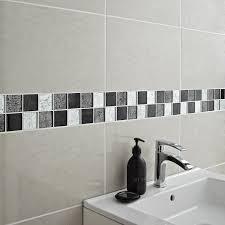 frise faience cuisine étourdissant frise murale carrelage salle de bain avec mosaa que et